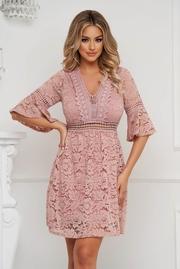 rochii scurte din dantela de vara